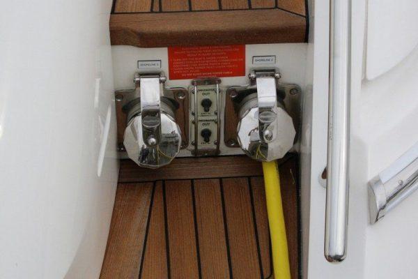 Cablemaster - Hawsepipe installation